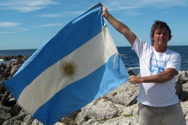 Esteban Tries regresó a Malvinas cuando se cumplieron 30 años de la guerra