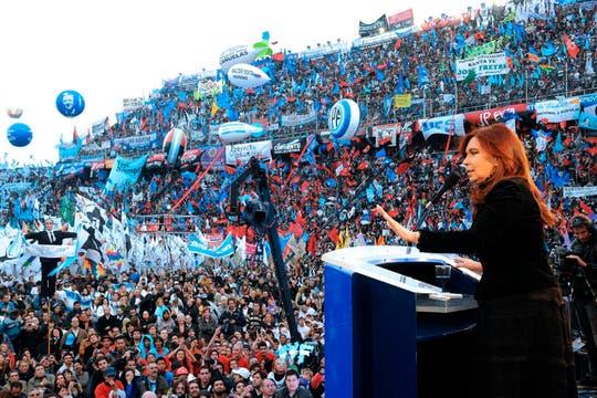 Masivo acto de Cristina Kirchner en homenaje al triunfo de Néstor Kirchner en 2003. Foto: Presidencia de la Nación