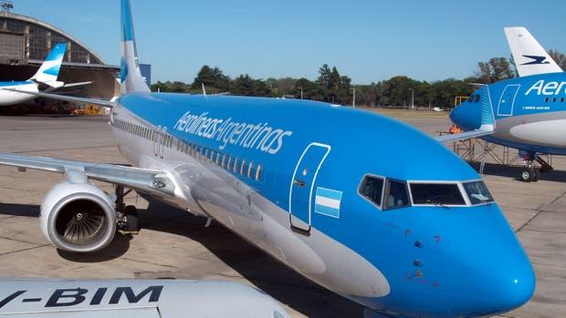 La gestión de La Cámpora dejó en rojo a la empresa estatal con varias de sus rutas internacionales
