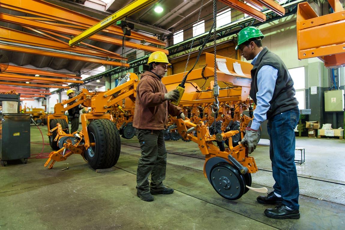 Por primera vez, en enero Agrometal no cerró la parte de producción de su fábrica en Monte Maíz. Foto: Archivo