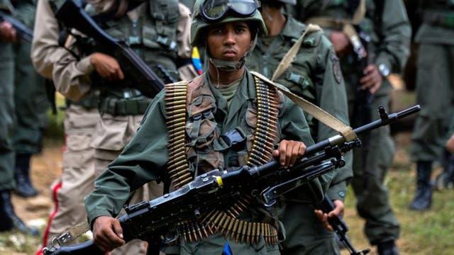 Venezuela, pese a la caída de las compras de armas, sigue siendo el principal importador de la región