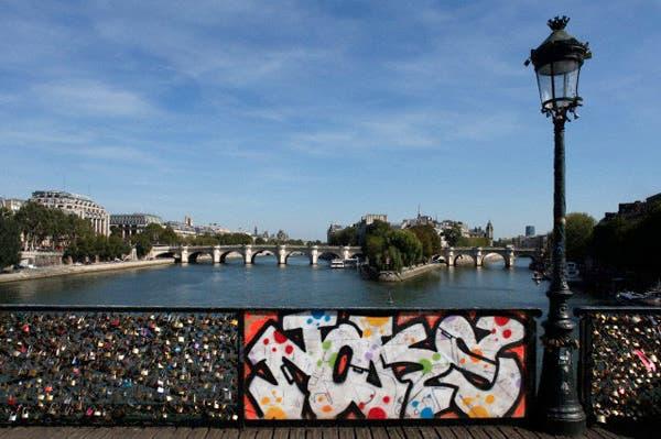 El emblemático Pont des Arts, París. Foto: Corbis