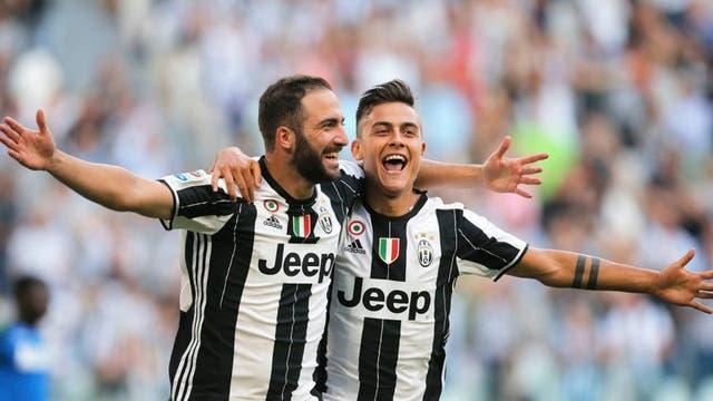 Higuaín y Dybala hicieron que la Juve tenga un debut contundente
