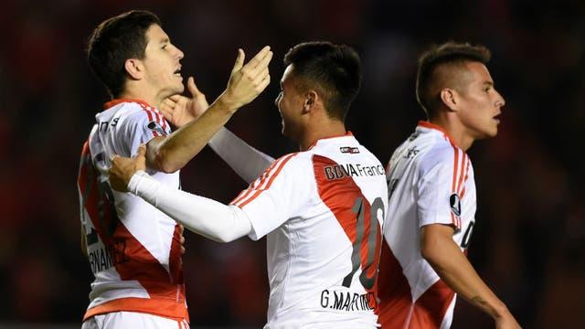 Nacho marcó el 3-2 y lo festejó con Pity Martínez