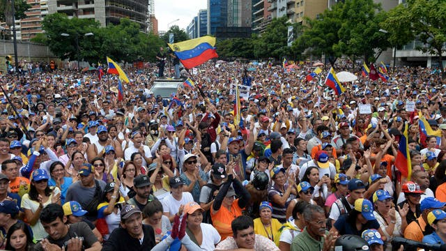 En todo el país, la oposición marchó por ayuda humanitaria para el país y elecciones democráticas