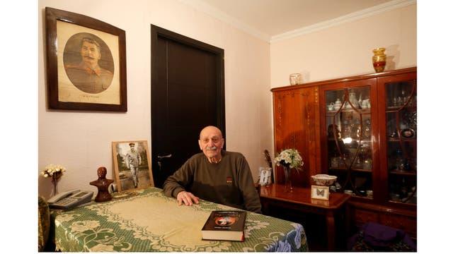 Suliko Berdzenishvili, de 82 años, vive en Tiflis, la capital de Georgia, pero viaja a Gori para participar de los homenajes a Stalin