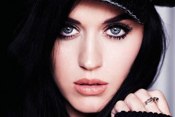 Katy Perry contó cómo fueron las cosas con Robert Pattinson