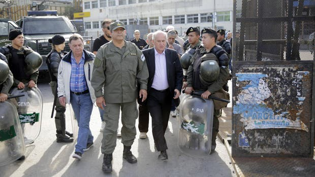 Parrilli coordinó la llegada de Cristina Kirchner a Comodoro Py