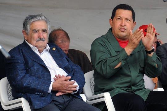 El presidente José Mujica lo recibió en una de sus visitas a Montevideo en diciembre de 2009. Foto: Archivo