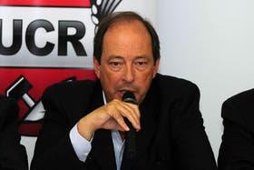 """El senador Sanz advierte que la sociedad """"está asqueada de tanta agresividad"""""""