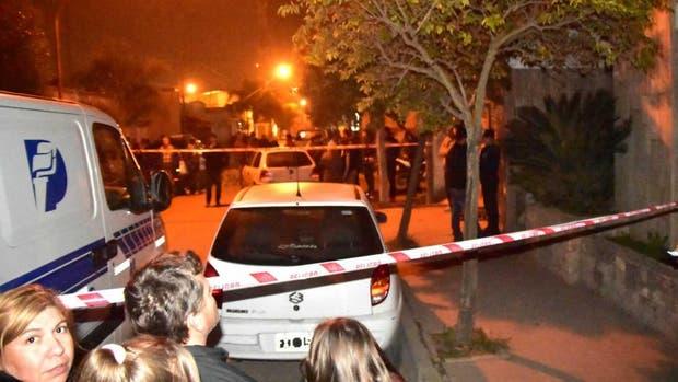 Un hombre mató a su esposa y a la hija discapacitada de ambos, con una escopeta en su casa