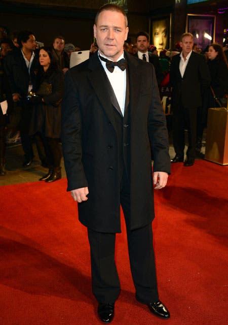 Russell Crowe se pone en la piel de Javert, el enemigo del héroe de esta historia, Jean Valjean, interpretado por Hugh Jackman. Foto: /AP