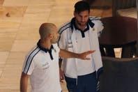 Messi, entre autógrafos y fotos: su despedida de San Juan dejó tranquilidad