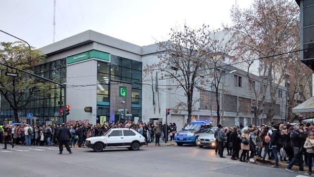 El personal de la municipalidad fue evacuado