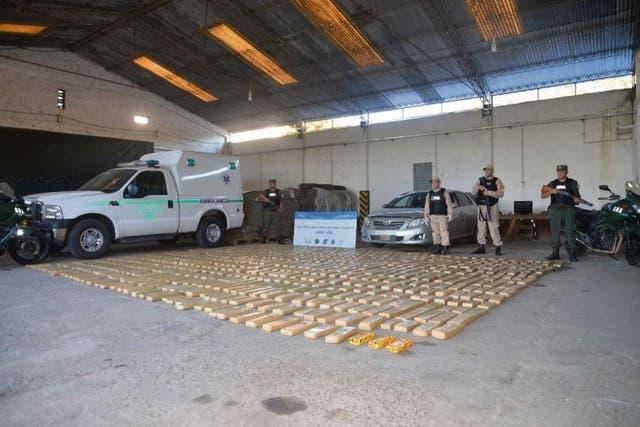 El Toyota Corolla y la droga incautados por la Gendarmeríael 31 de diciembre