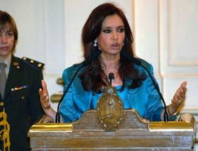 Cristina Kirchner hizo duras acusaciones contra los Estados Unidos desde el atril de la Casa Rosada, ayer