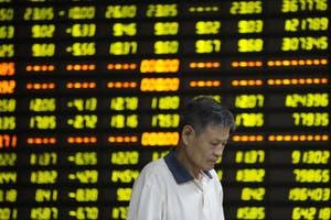 Las bolsas en China registran su peor jornada en ocho a�os