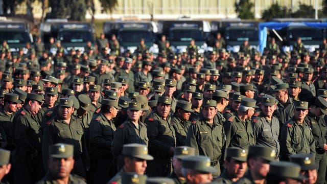 El programa se convirtió, desde el inicio de su gestión, en el brazo controlador y fiscalizador de los agentes de las cuatro Fuerzas