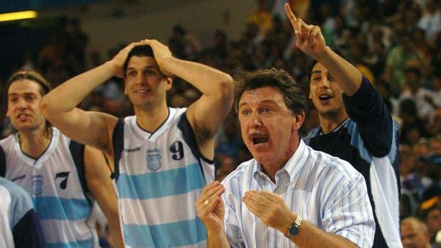 La relación entre el entrenador, Rubén Magnano, y la Generación Dorada