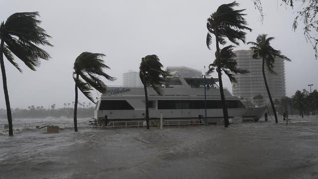 Grandes embarcaciones no pudieron con Irma y terminaron varados en tierra