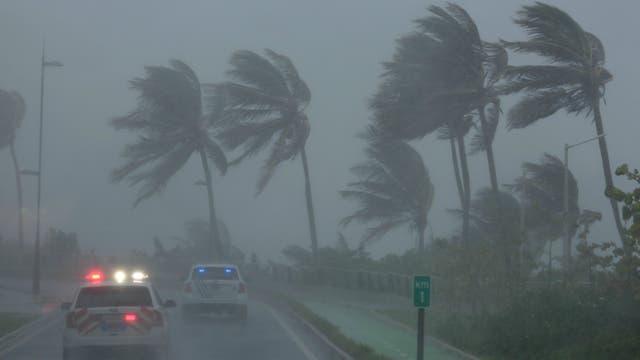 Irma tocó tierra en islas del norte del Caribe