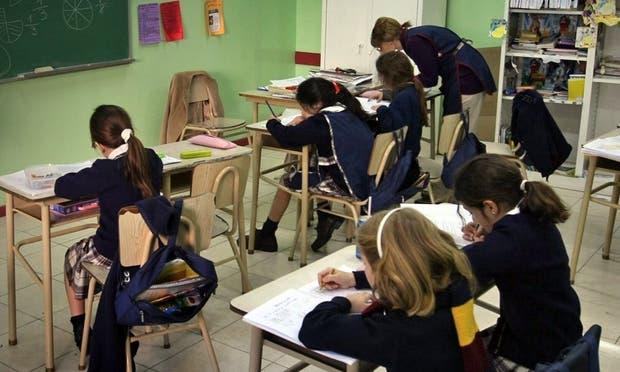 Algunos colegios cobran hasta $15.000 por mes