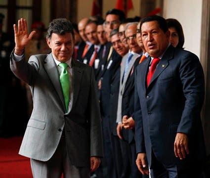 Con el presidente colombiano Juan Manuel Santos en el Palacio Miraflores en noviembre  de 2010. Foto: Archivo