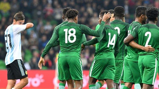 Gol de Nigeria pone el empate