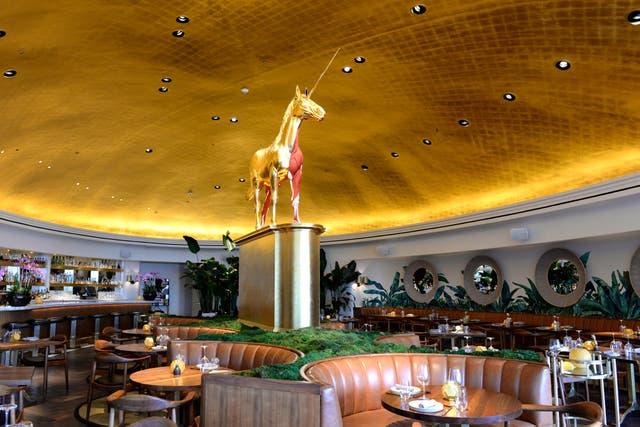 Uno de los restaurantes del nuevo edificio Faena en Miami