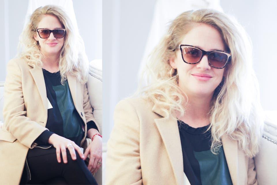 A punto de ser mamá, Leonora Balcarce fue a conocer la nueva colección de La Blancherie con unas gafas alucinantes. Foto: OHLALÁ!