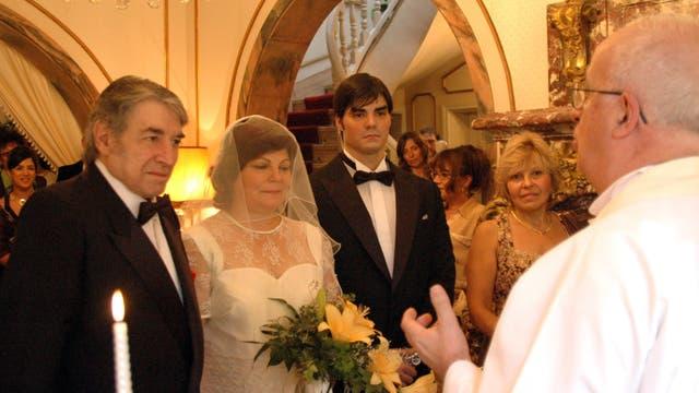 Sandro contrajo matrimonio con Garaventa el 13 de abril de 2007