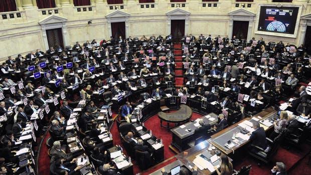 La Cámara de Diputados votó en la madrugada de ayer la ley electoral