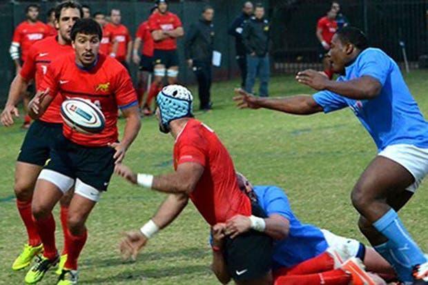 Los Pumas se probaron ante los universitarios de Pretoria