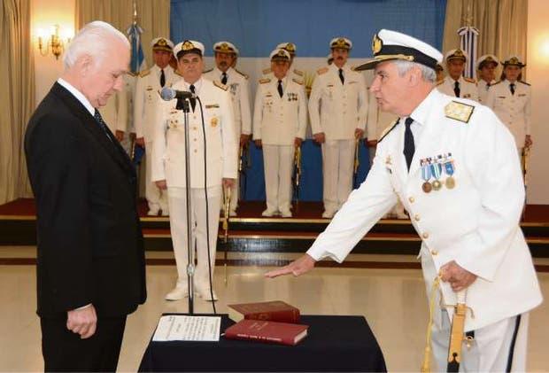 Aguad hizo renunciar al jefe de la Armada — ARA San Juan