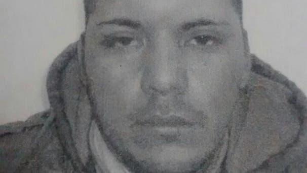 """El detenido fue identificado como Angel """"Mono"""" Castaño (32), quien tiene antecedentes penales y fue atrapado cuando regresaba a su casa ubicada en el barrio Campo Rosso, de Anñatuya"""