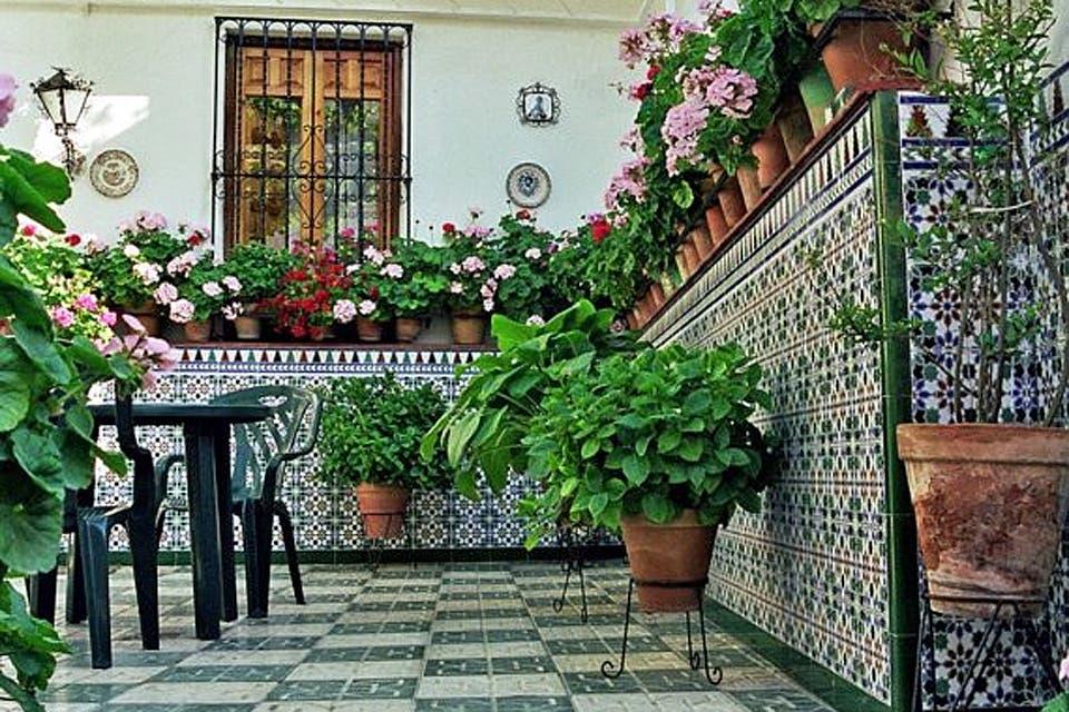 Solución 252: Cómo lograr un patio con estilo andaluz