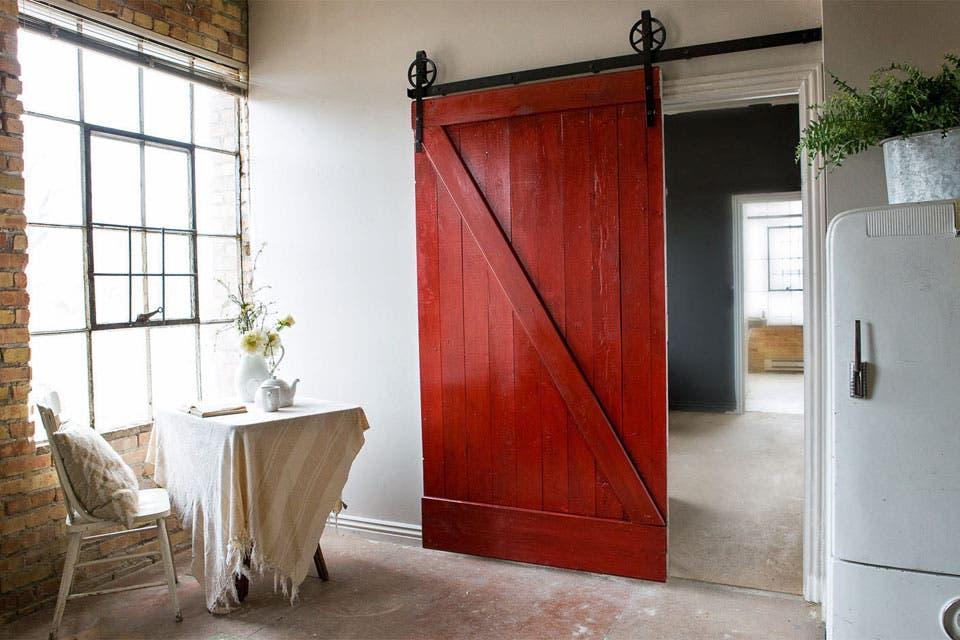 10 ideas para sumar una puerta estilo granero