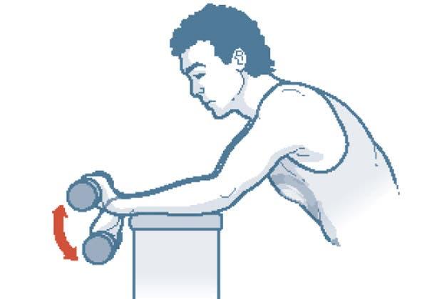 ¿Estás con ganas de agarrar de nuevo la raqueta? Acá te damos unos consejos para que te prepares y evites lesiones en el court.