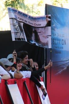 El club de fans de Tom Cruise, presente en la alfombra roja. Foto: LA NACION / Matias Aimar