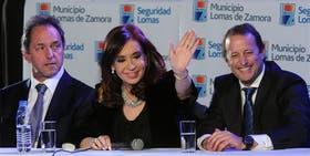 Scioli, visiblemente incómodo; Cristina e Insaurralde, exultantes; el contraste que se vio ayer