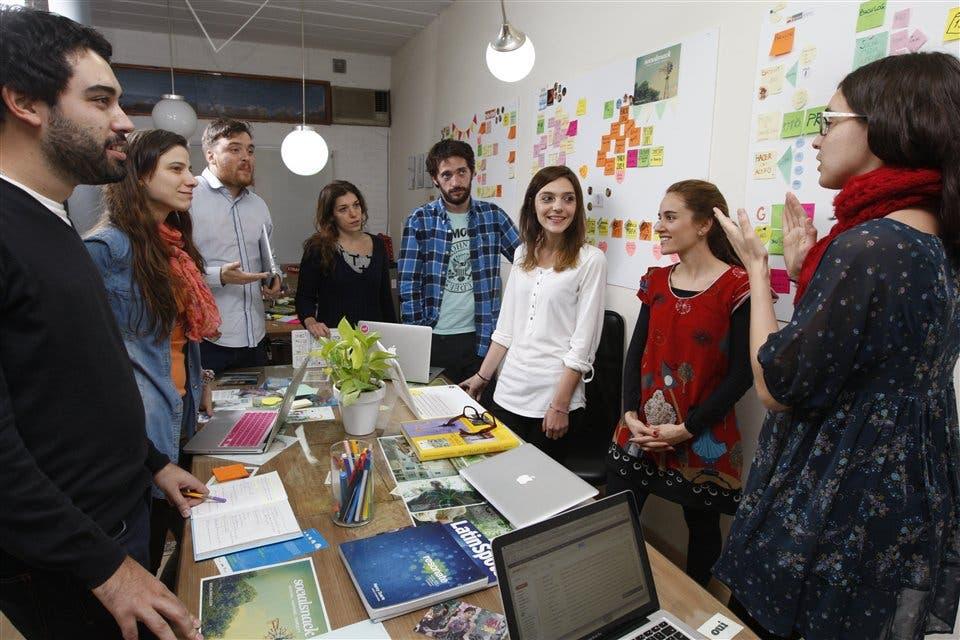 Stand up meeting o cómo una reunión de trabajo puede durar 15 minutos