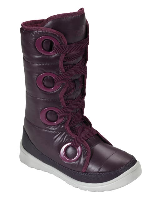 Botas impermeables (The North Face, $2500).