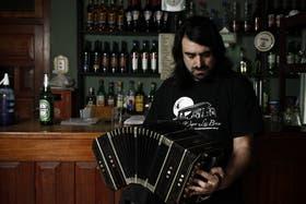 """Pablo Bernaba arremete contra Rodolfo Mederos: """"Cuando dice que el tango está rendido, habla de él"""""""