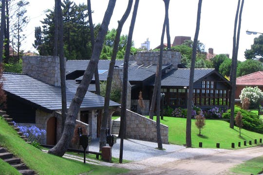 Narbay, la emblemática mansión del empresario en Pinamar. Foto: Archivo