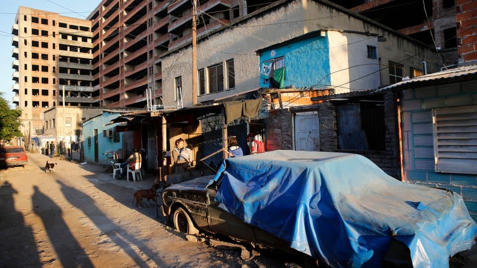 Allí las personas conviven con roedores y basura acumulada, y no disponen de agua potable.. Foto: LA NACION / Fabián Marelli