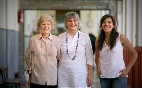 Marta, Marisa y Cecilia, tres generaciones de una misma familia dedicadas a la docencia en tiempos diferentes
