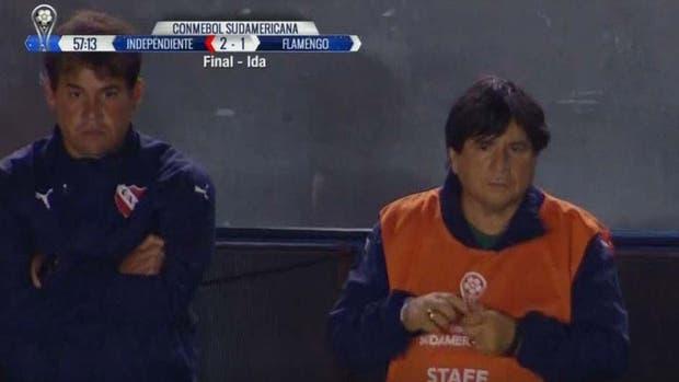 El Brujo Manuel, en el banco de Independiente