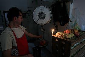 El calor agobiante y la alta demanda de energía derivaron en una seguidilla de cortes de luz