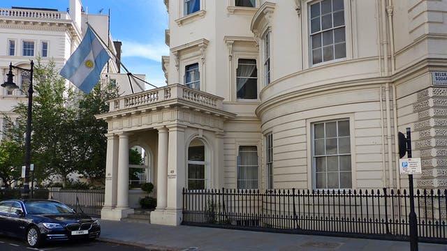 La embajada argentina en Londres