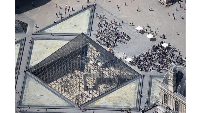 Vista aérea del Museo del Louvre